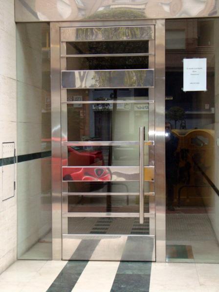 Puertas Para Baño En Acero Inoxidable:Puertas de acero inoxidable en Madrid