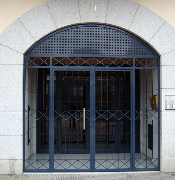Puertas de hierro en Madrid : Rejas de hierro en Madrid : Barandillas ...