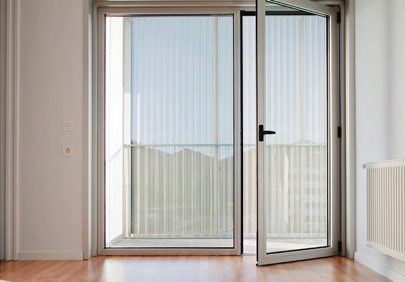 Ventanas y puertas de aluminio cerramientos de porches y - Puertas terraza aluminio ...
